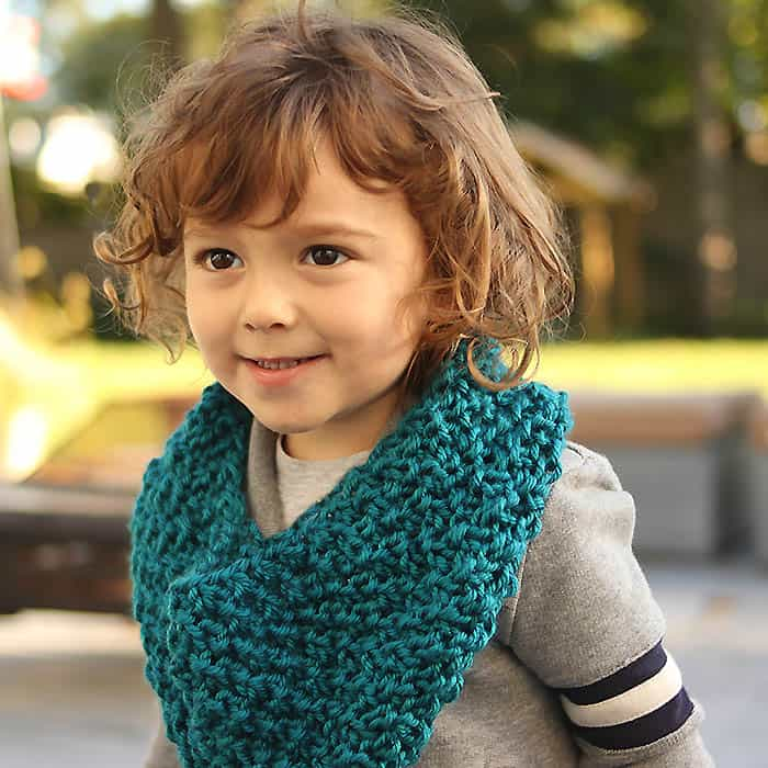 Kids Moss Stitch Cowl Free Knitting Pattern Gina Michele